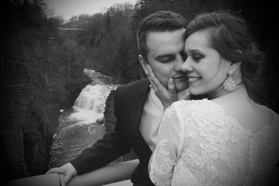 Photographers in Union Springs - Fisher Weddings
