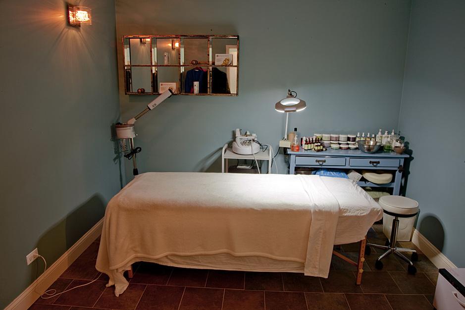 Make-up / Hair Stylists in Chicago - Savon Spa