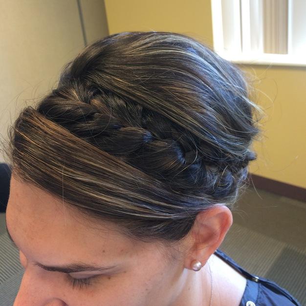 Lola Salon Best Wedding Make Up Hair Stylists In Geneva