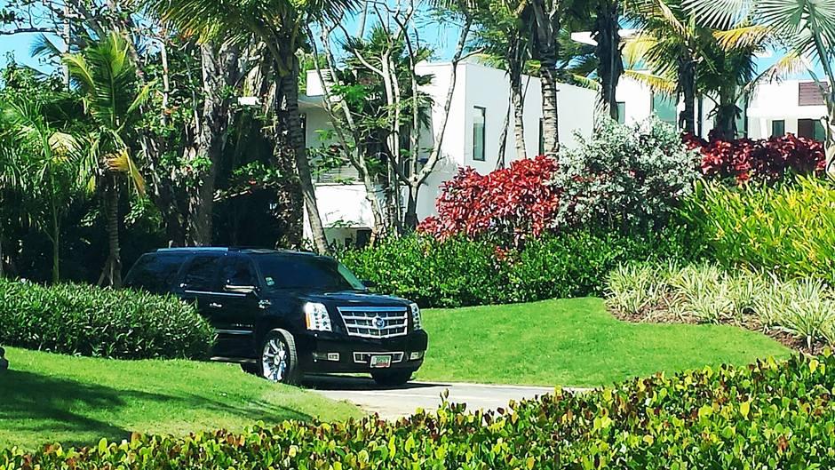 Transportation in San Juan - Elegant Steering