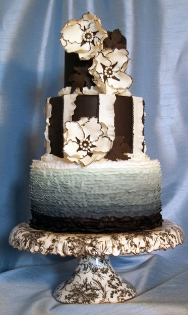 wedding cakes colorado springs iced and dazzle custom cakes for weddings and special 24092