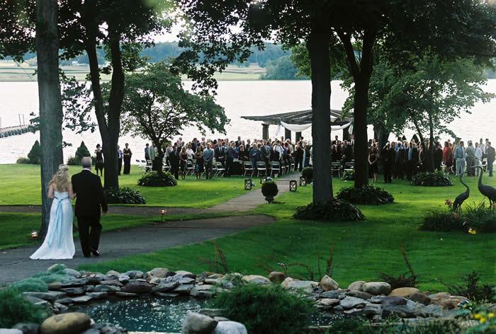 The Oaks Lakeside Restaurant Best Wedding Reception Location In