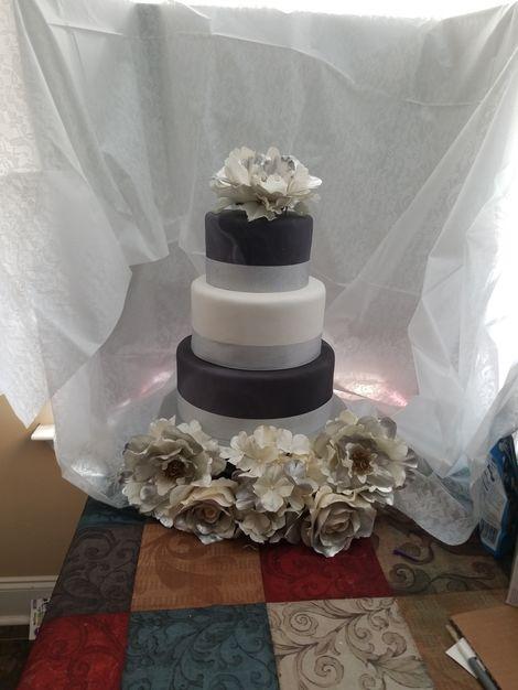 Cake in Spanaway - SWEET TREATS N' MORE