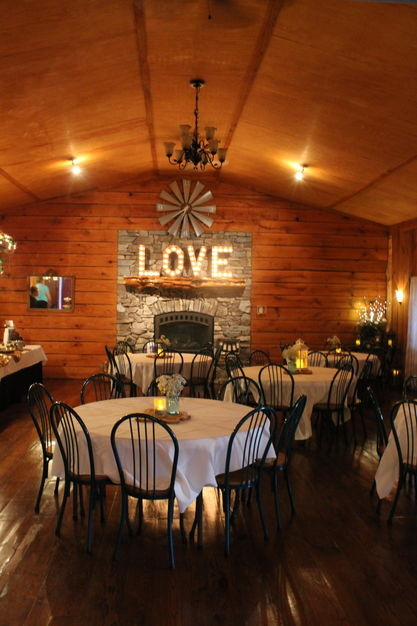 Reception Location in Lawson - Mellon Acres Event Center