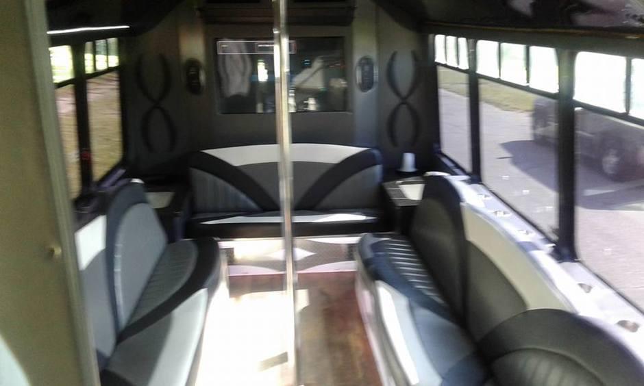Transportation in Detroit - Ultra Party Bus Detroit