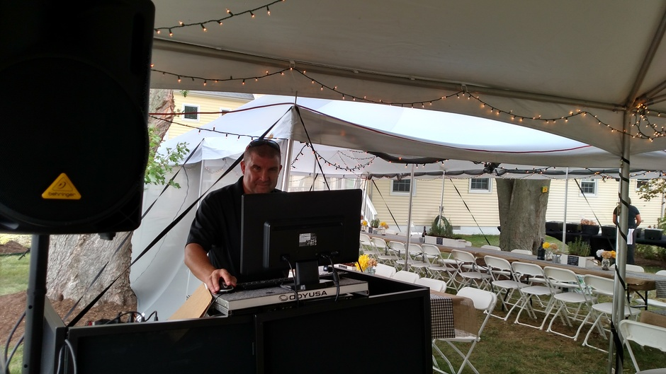 DJ in Waldorf - Claddagh Productions Entertainment Services
