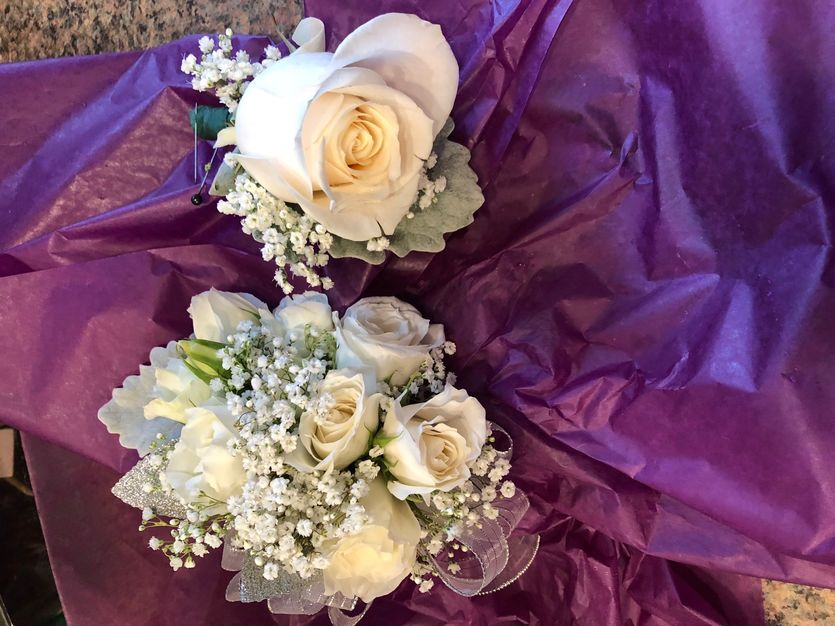 Florists in Middletown - Ana's Floral Garden