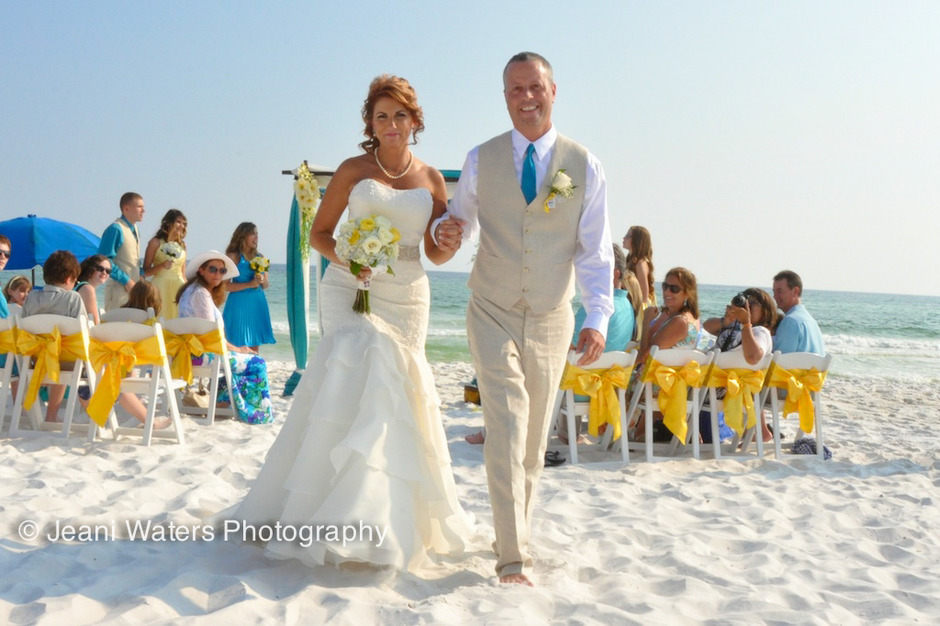 Best Wedding Planner in Santa Rosa Beach - SunHippie Weddings
