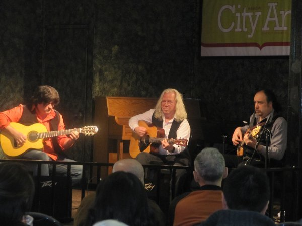 Musicians in Seattle - Acoustic Guitar Trio