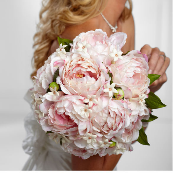 Florists in Marshall - Twisted Stems