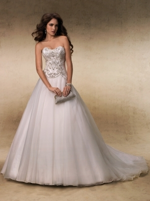 Bella sera best wedding dress apparel in wenatchee dress apparel in wenatchee bella sera junglespirit Gallery