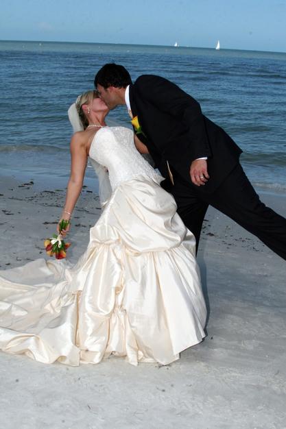 Best Wedding Officiants In Sanibel