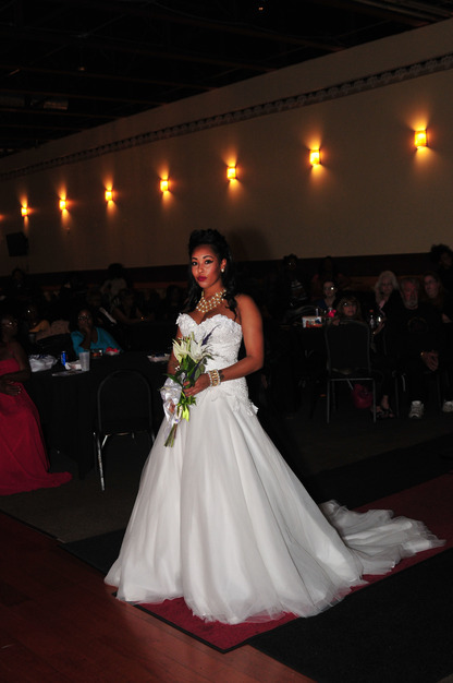 Dress & Apparel in Bedford - Darlafoxx