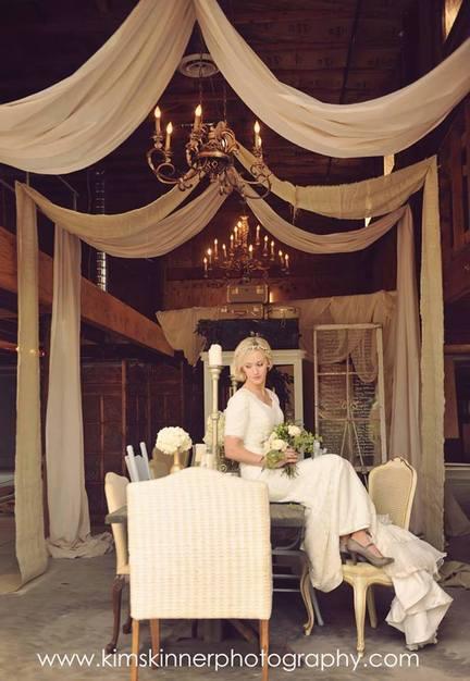 Reception Location in Gilbert - The Elegant Barn