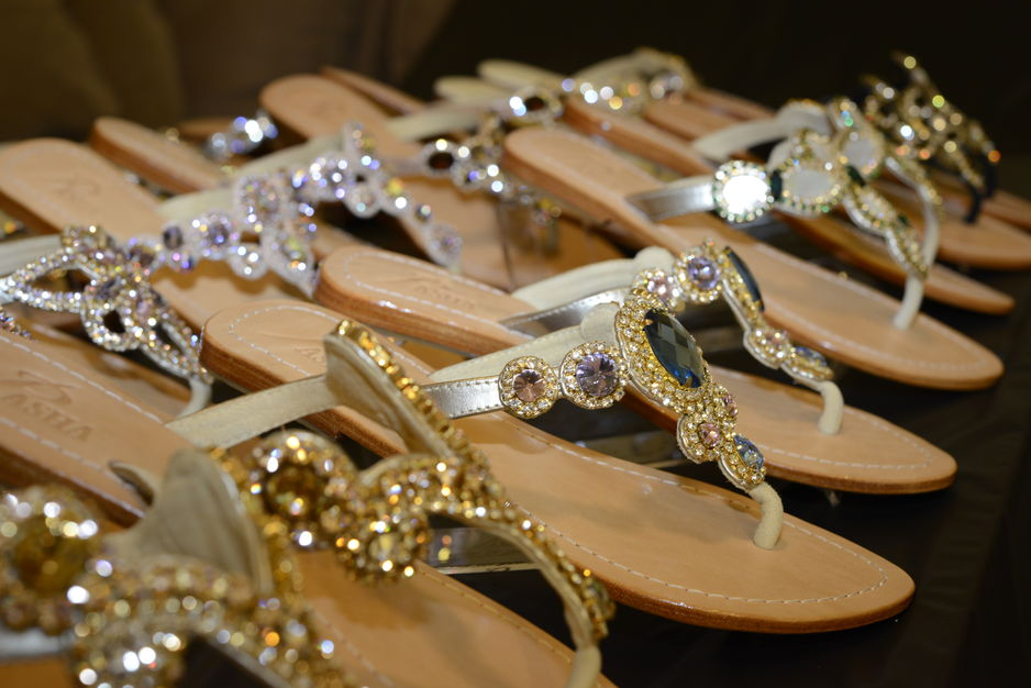 Dress & Apparel in Miami - Jewelry Shoes Pasha
