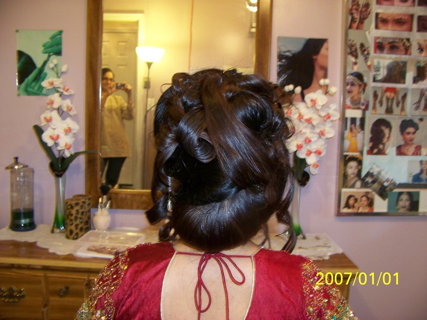 Make-up / Hair Stylists in Aldie - SHRUTI'S BRIDAL MAKE-UP ARTISTRY - HAIR UPDO'S , Henna Artist , - 703-542-7199 ( Va/Dc/Md)