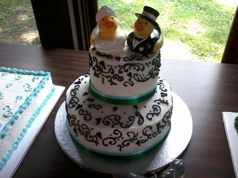 best wedding cakes in des moines the devilish pig bakery best wedding cake in des moines 11569