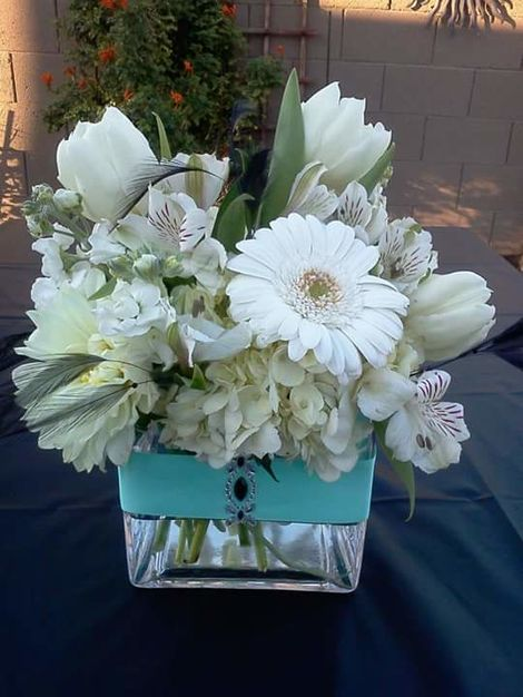 Florists in Phoenix - Flowers by Isis