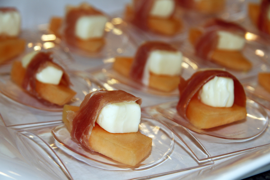 Cravings catering best wedding caterers in neptune beach