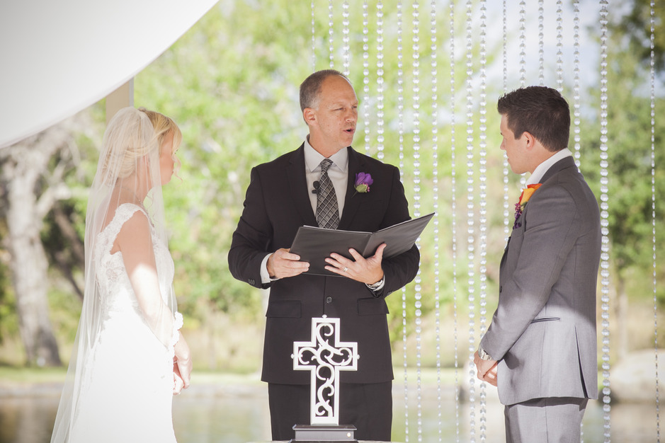 Officiants in Cypress - Lifelong Grace Ministries