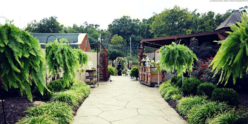 Springhouse Gardens Best Wedding Reception Location Venue In Joplin