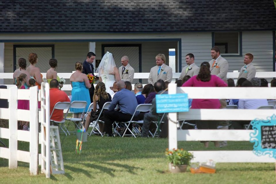 Best Wedding Reception Location Venue in Doswell - The Meadow ...